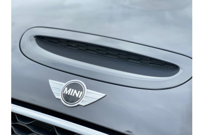2015 Mini Hatch F55 Cooper S Hatchback Image 5
