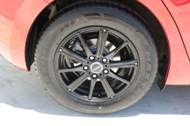 2014 Mazda 3 BM5478 Neo Hatchback Image 5