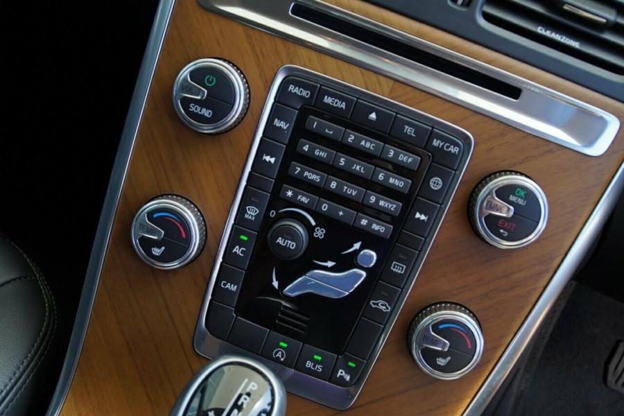 2017 Volvo XC60 D4 Luxury Wagon