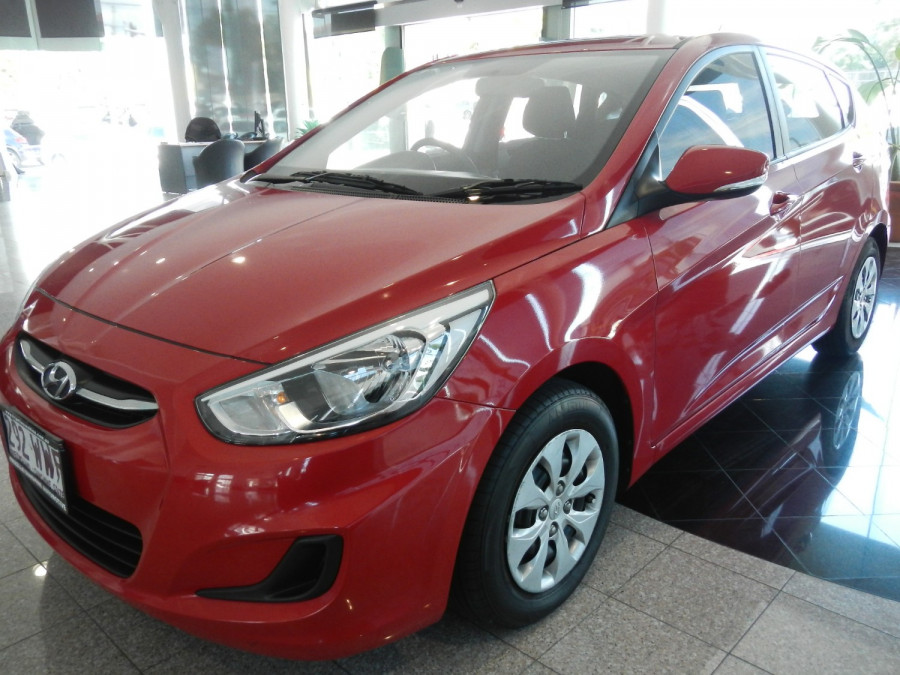 2016 Hyundai Accent RB4 MY16 Active Hatchback Image 7