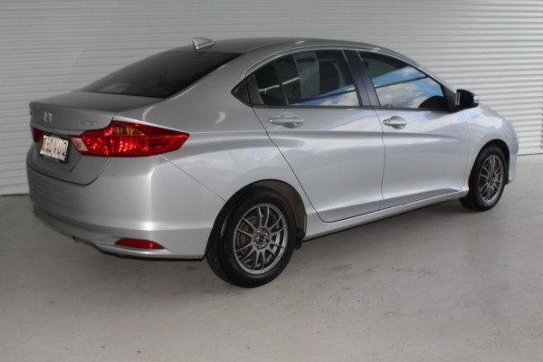2016 Honda City GM MY16 VTI Sedan Image 2