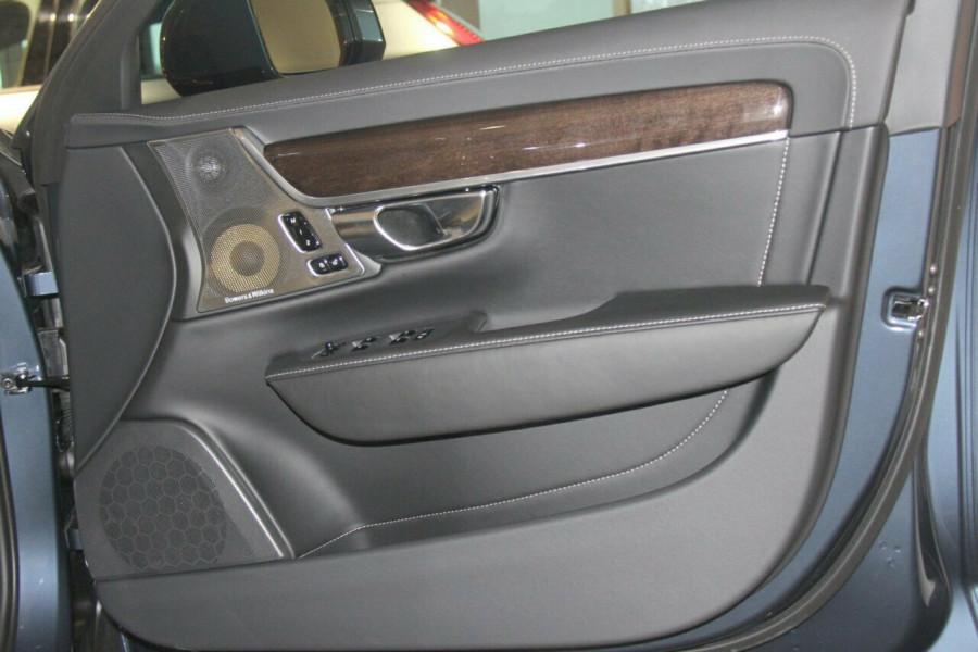 2018 Volvo S90 P Series T6 Inscription Sedan