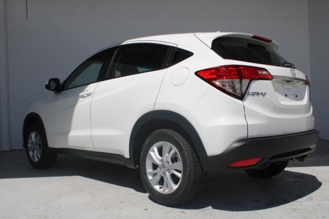 2021 Honda HR-V VTi Suv Image 4