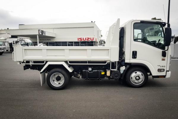 2020 Isuzu Nh Series NH NLR Tipper Image 3