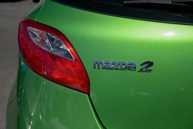2011 Mazda 2 DE Series 1 MY10 Neo Hatchback Image 8