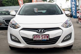 2013 Hyundai I30 GD2 Active Hatchback Image 4