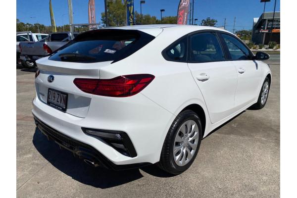 2020 Kia Cerato BD  S Hatchback Image 5
