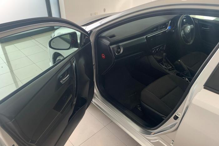 2017 Toyota Corolla ZRE182R Ascent Hatchback Image 5