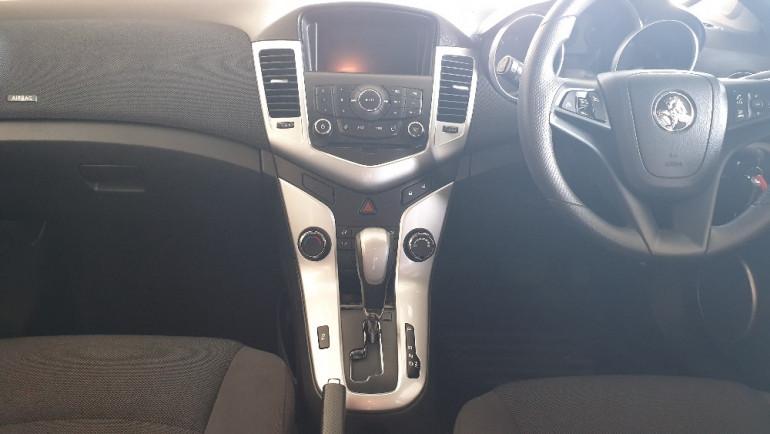 2014 Holden Cruze JH Series II CD Wagon Image 16