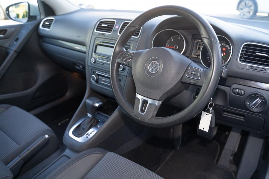 2010 MY11 Volkswagen Golf Hatchback
