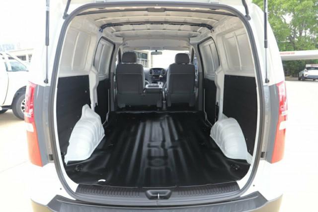 2019 Hyundai iLOAD TQ4 MY19 Van Image 8