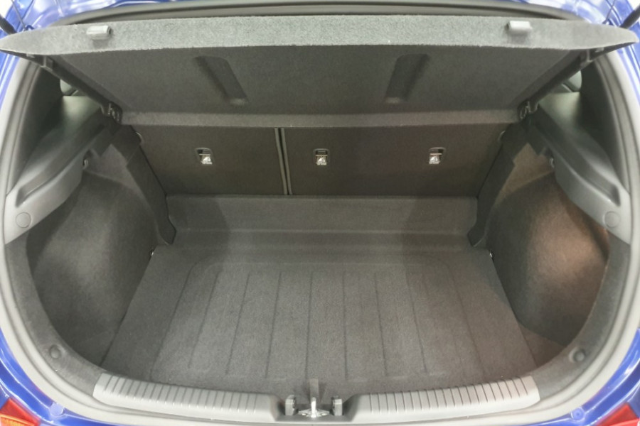 2019 Hyundai i30 PD2 Active Hatchback Image 19