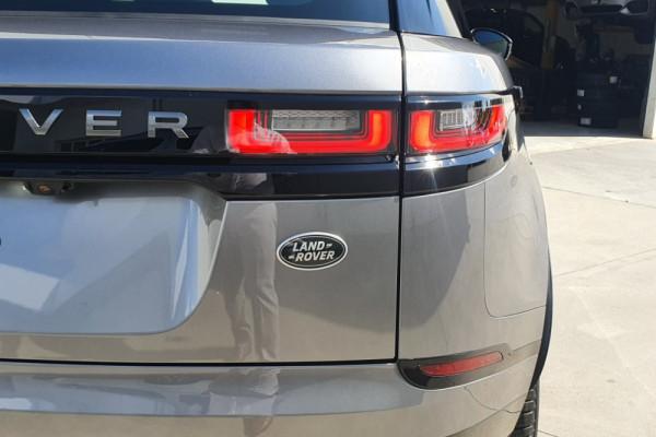 2020 Land Rover Velar Wagon Image 4