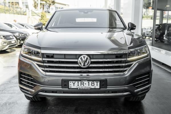 2020 Volkswagen Touareg CR 190TDi Suv