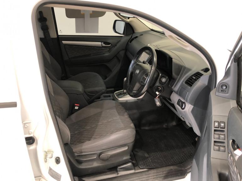 2015 Holden Colorado RG Turbo LS Dual cab t/t/s Image 13