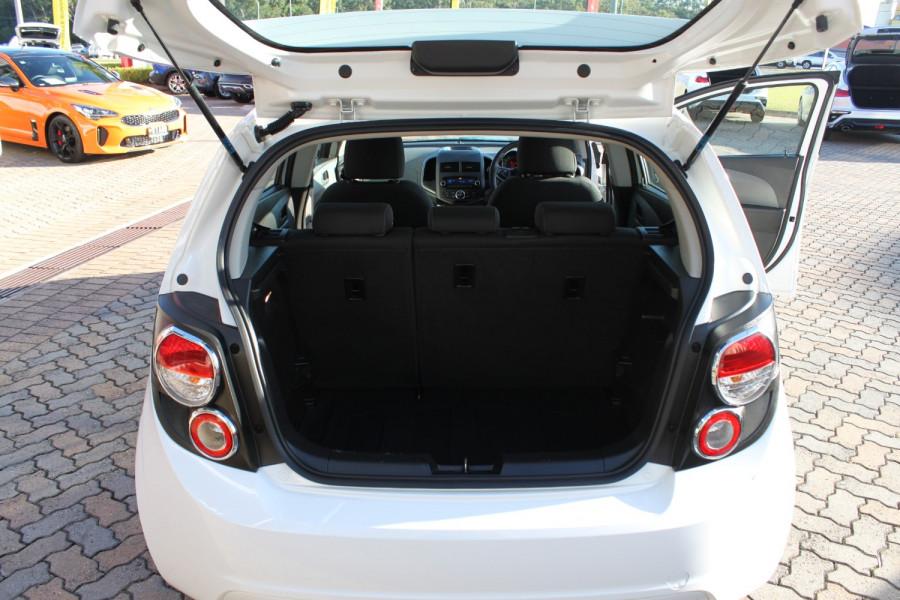 2016 Holden Barina TM MY16 CD Hatch Image 9