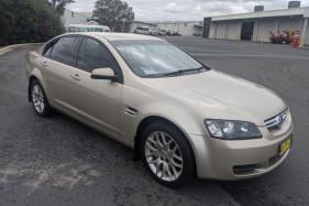 2007 Holden Commodore VE LUMINA Sedan Image 4