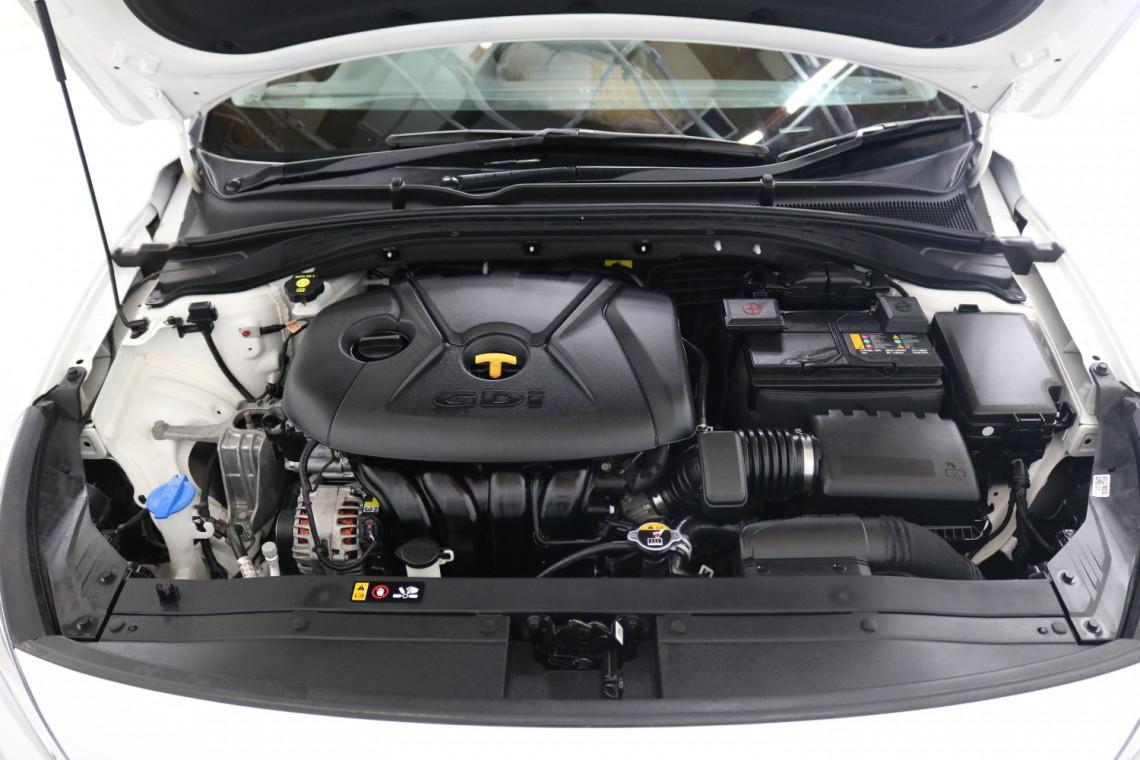 2018 Hyundai i30 PD Active Hatchback Image 17