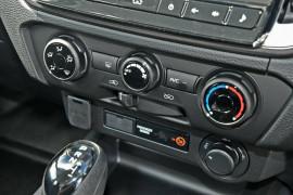 2020 MY21 Isuzu UTE D-MAX RG LS-M 4x4 Crew Cab Ute Utility Mobile Image 11