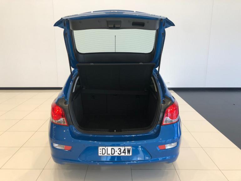 2013 Holden Cruze JH Series II Equipe Hatchback Image 14