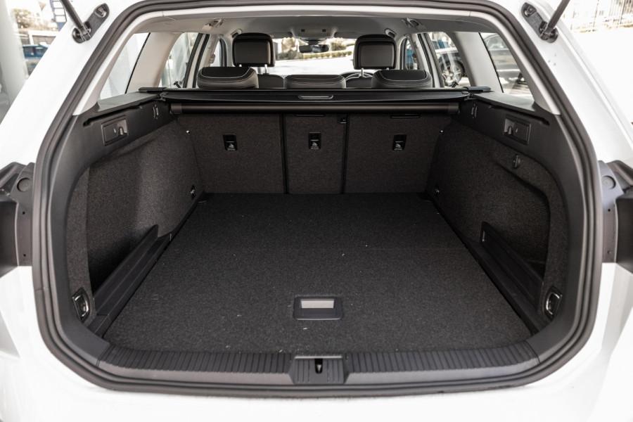 2020 Volkswagen Passat B8 140 TSI Business Wagon Image 26