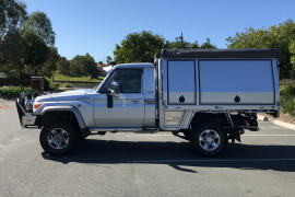 2009 MY10 Toyota Landcruiser Cab chassis