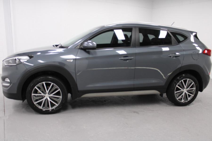 2016 Hyundai Tucson X Image 3