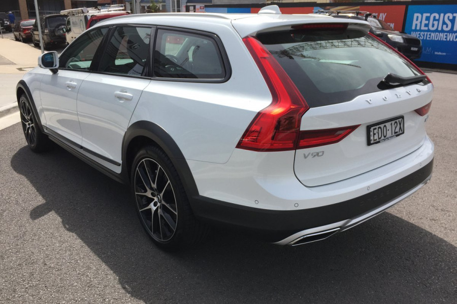 2019 Volvo V90 Cross Country MY20 4X4 On Demand D5 Hatchback Mobile Image 3