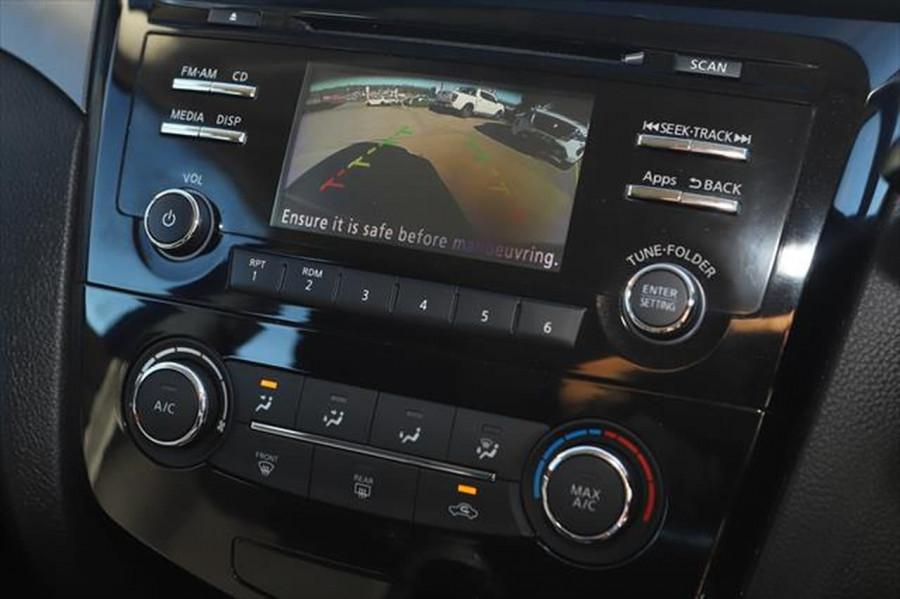2015 Nissan QASHQAI J11 ST Suv Image 15
