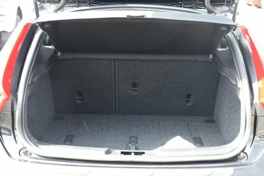 2017 Volvo V40 Cross Country M Series D4 Inscription Hatchback