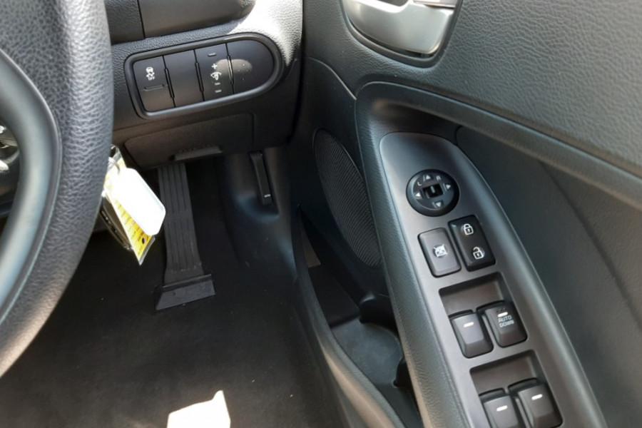 2016 MY17 Kia Cerato YD  S Sedan
