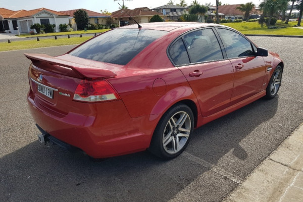 2012 Holden Commodore VE II MY12 SV6 Sedan Image 2