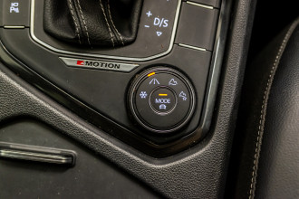 2018 MY19 Volkswagen Tiguan 5N Wolfsburg Edition Suv