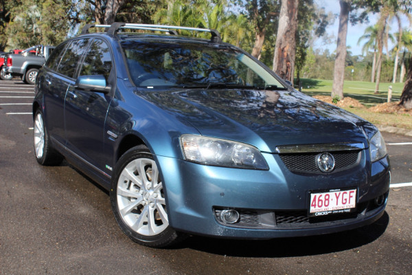 2010 Holden Calais VE  V Wagon Image 2
