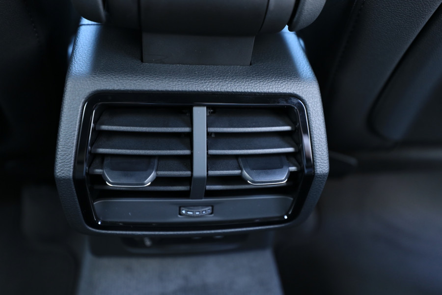 2020 Audi Q3 Image 6