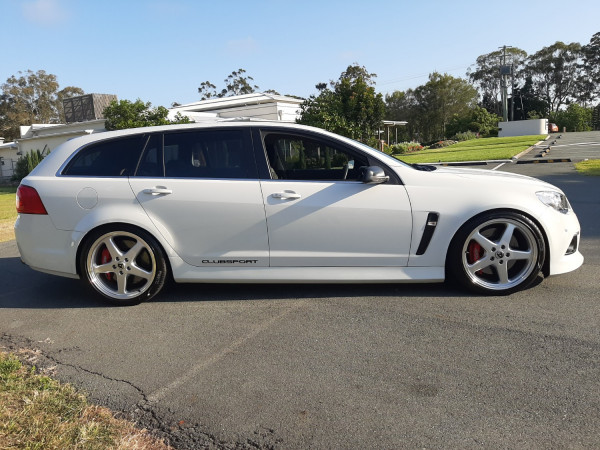 2015 HSV Clubsport Wagon Image 4