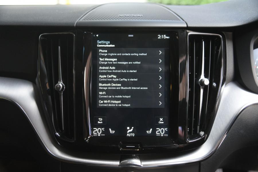 2020 Volvo XC60 UZ D4 Momentum Suv Image 14