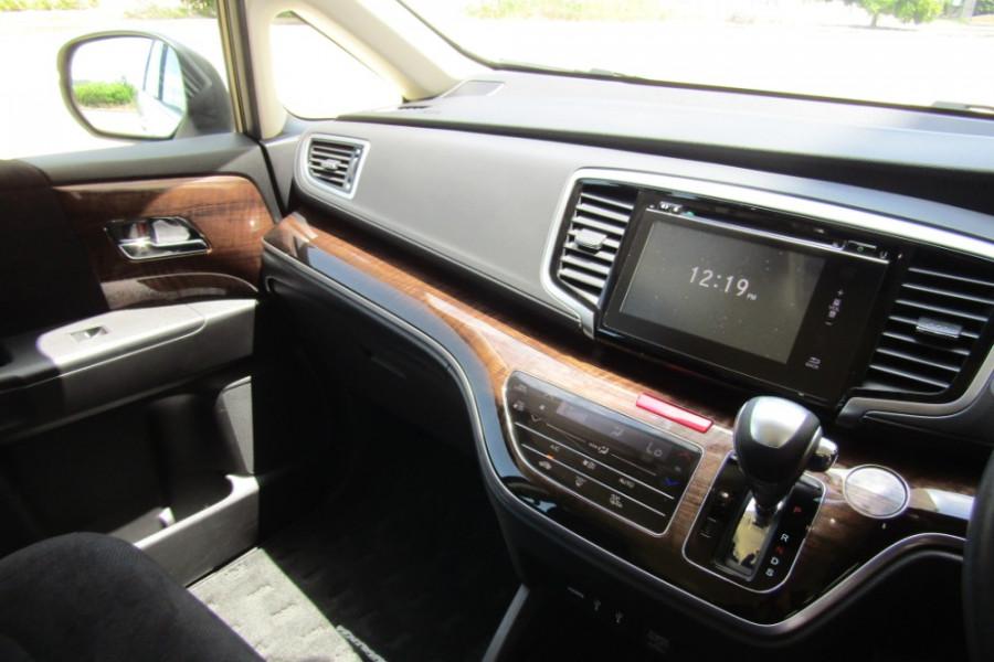 2016 Honda Odyssey 5th Gen VTi Wagon Image 19