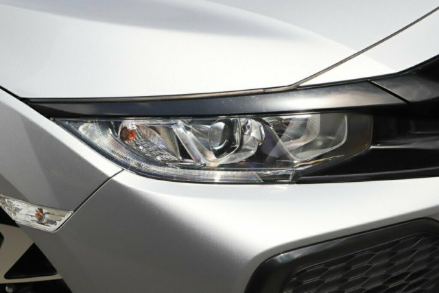 2019 Honda Civic Hatch 10th Gen 50 Years Edition Hatchback Image 2