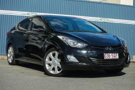Hyundai Elantra Premium MD2