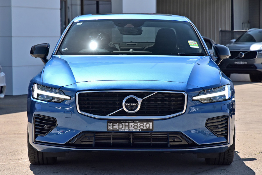 2020 Volvo S60 Z Series T8 R-Design Sedan Image 1