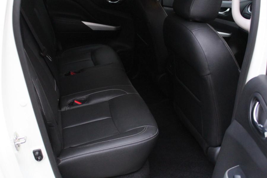 2017 Nissan Navara ST-X Image 17