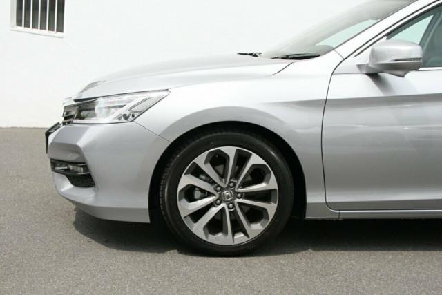 2018 Honda Accord 9th Gen VTi-L Sedan Image 5