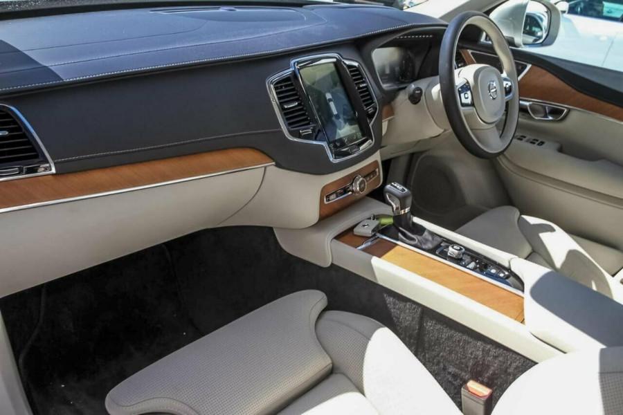 2018 MY19 Volvo XC90 L Series D5 Inscription Suv Mobile Image 7