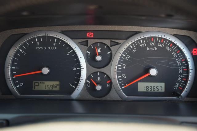 2004 Ford Falcon BA Mk II XR8 Sedan Image 15