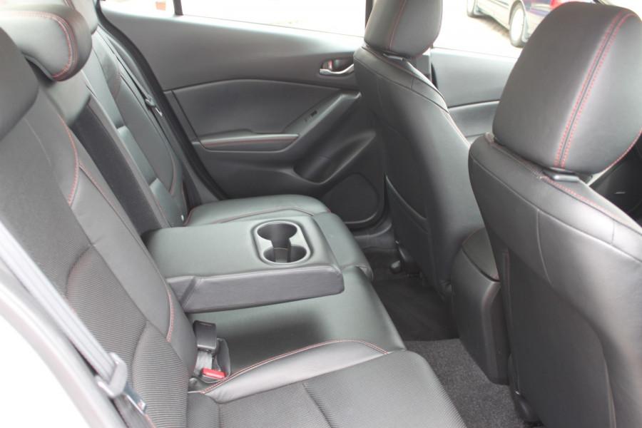 2016 Mazda 3 BM5238 SP25 Sedan Image 19