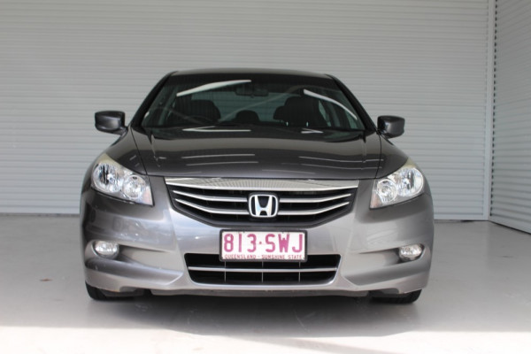2012 Honda Accord 8th Gen Limited Edition Sedan Image 3