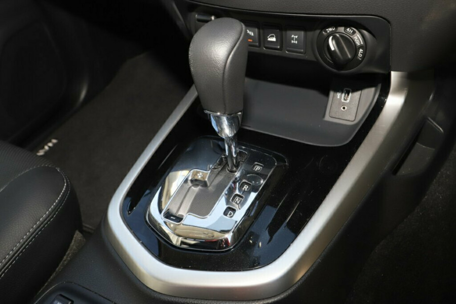 2020 Nissan Navara D23 Series 4 ST-X 4x4 Dual Cab Pickup Utility Image 22