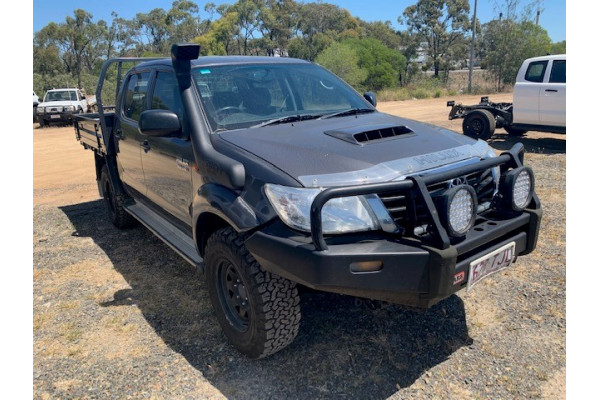 2013 MY12 Toyota HiLux KUN26R MY12 SR Cab chassis Image 2