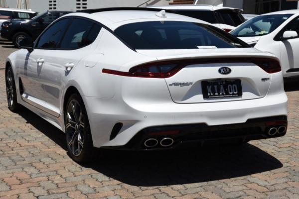 2019 MYon Kia Stinger CK GT Sedan Image 3